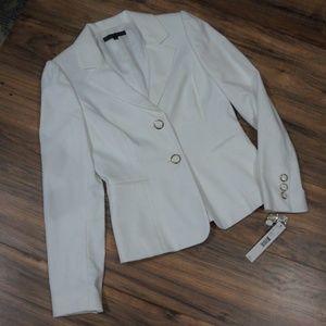 NWT Antonio Melani White blazer sz 2